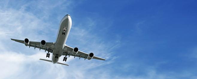 Approaching「XL jet airplane landing」:スマホ壁紙(7)