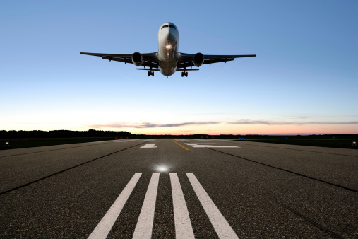Back Lit「XXL jet airplane landing」:スマホ壁紙(13)
