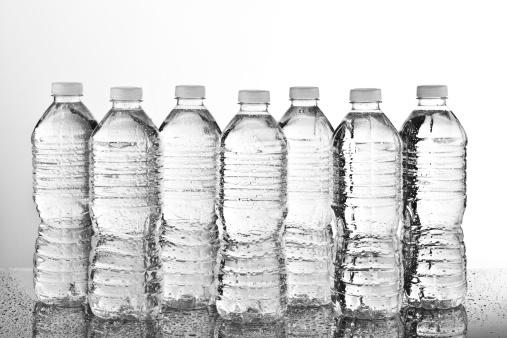 透明「Water Bottles Recycling」:スマホ壁紙(16)