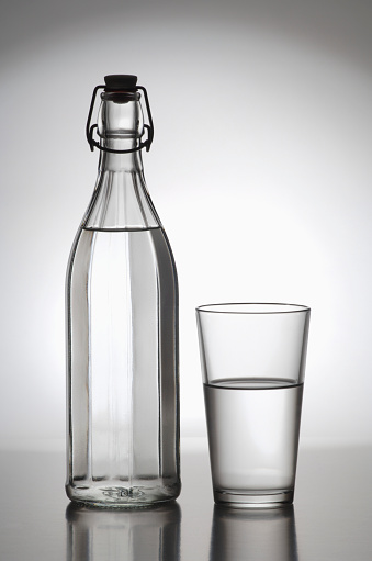 Drinking Glass「Water Bottle and Glass」:スマホ壁紙(1)