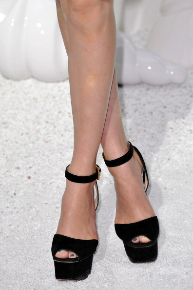 Kiko Mizuhara「Chanel: Front Row - Paris Fashion Week Spring / Summer 2012」:写真・画像(19)[壁紙.com]