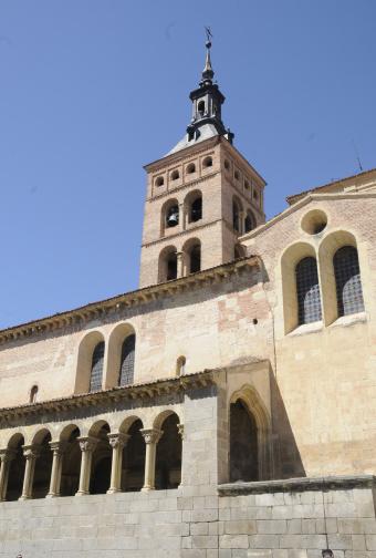 Ferrari「Segovia - Spain - Church os San Martin」:スマホ壁紙(6)