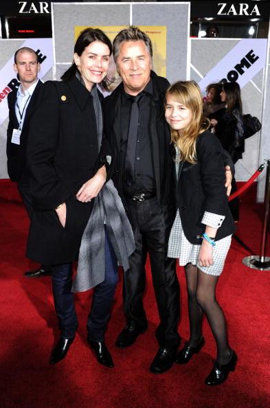 "El Capitan Theatre「Premiere Of Touchstone Pictures' ""When In Rome"" - Arrivals」:写真・画像(1)[壁紙.com]"