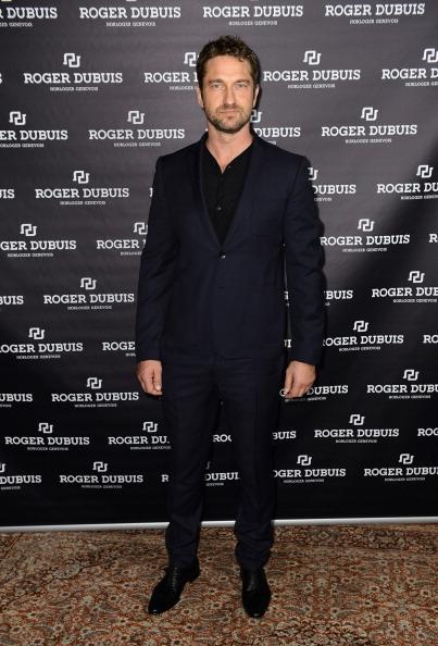 Black Shirt「Roger Dubuis Booth At The 23rd Salon International De La Haute Horlogerie: Day 1」:写真・画像(11)[壁紙.com]