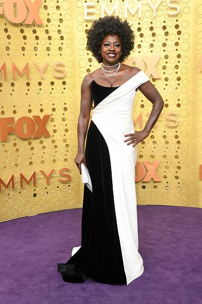 Emmy award「71st Emmy Awards - Arrivals」:写真・画像(13)[壁紙.com]