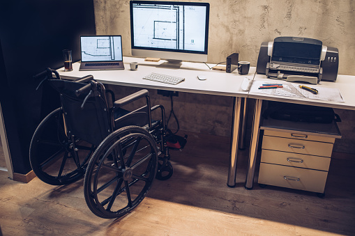 Disability「Workspace of an architect with differing abilties」:スマホ壁紙(11)