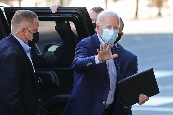 Infectious Disease「Democratic Presidential Candidate Joe Biden's Campaign Stays In Delaware For Virtual Event」:写真・画像(17)[壁紙.com]