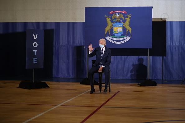 Risk「Joe Biden Campaigns For President In Michigan」:写真・画像(2)[壁紙.com]
