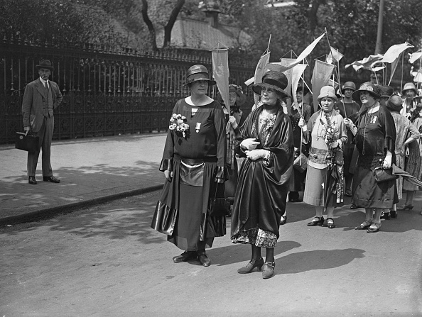 1926「Suffragette Leaders March」:写真・画像(8)[壁紙.com]