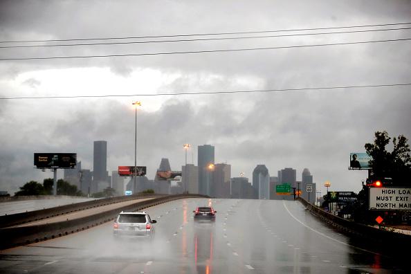 Urban Skyline「Hurricane Harvey Slams Into Texas Gulf Coast」:写真・画像(13)[壁紙.com]