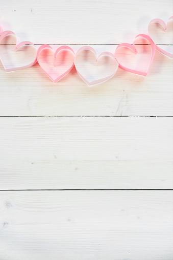 月「Hearts shape made by pink paper. Debica, Poland 」:スマホ壁紙(3)