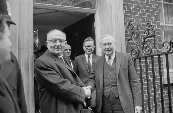 Terry Disney「Harold Wilson and Levi Eshkol」:写真・画像(12)[壁紙.com]