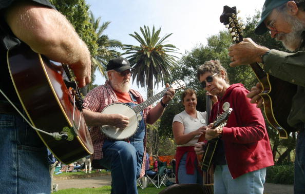 Musical instrument「Fiddlers Convention Held In California」:写真・画像(7)[壁紙.com]