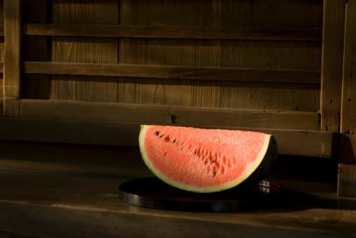 スイカ「Slice of watermelon」:スマホ壁紙(4)