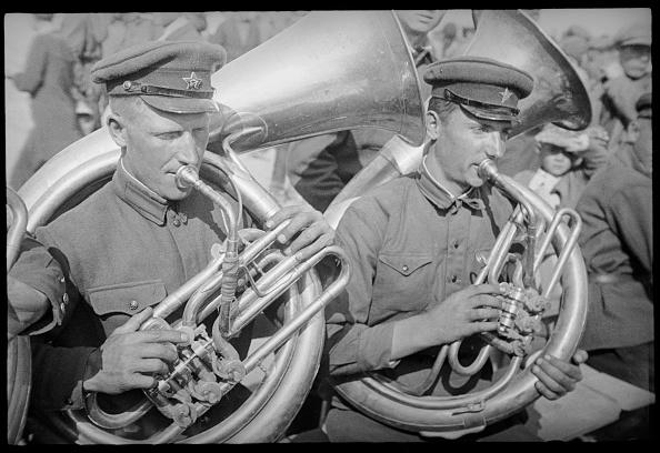 Uzbekistan「Brass Band」:写真・画像(1)[壁紙.com]