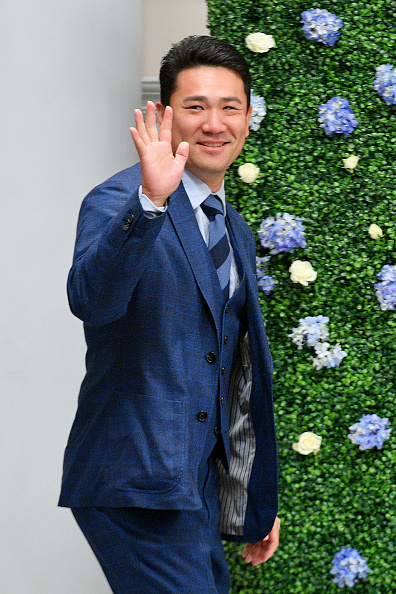Masahiro Tanaka「Runway Heroes Walk With The Yankees At Kleinfeld」:写真・画像(3)[壁紙.com]