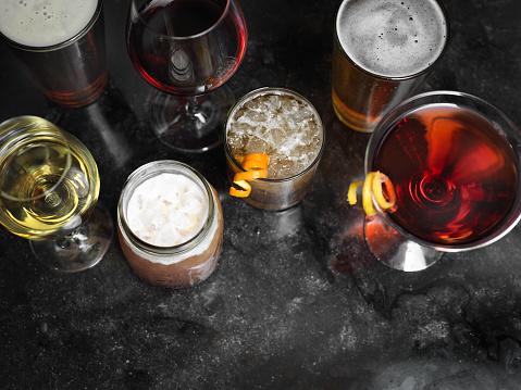 Cosmopolitan Cocktail「Cocktails on a Bar」:スマホ壁紙(5)