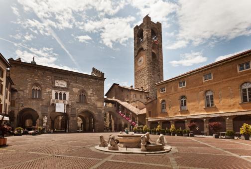 Bergamo「Italy. Bergamo. The old town.」:スマホ壁紙(2)