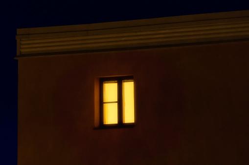 Scandinavia「Lit window in apartement house」:スマホ壁紙(17)