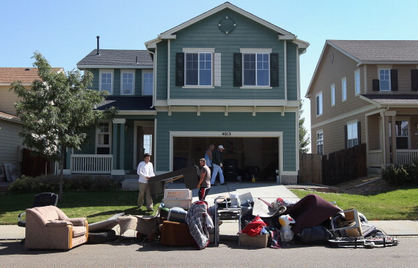 Social Issues「Families Lose Homes As Weak Economy, Housing Crisis Drags On」:写真・画像(18)[壁紙.com]