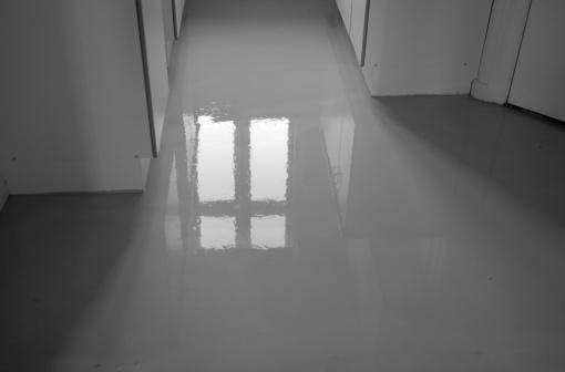 Wet「Wet Concrete Floor」:スマホ壁紙(19)