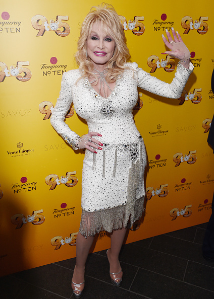 Eamonn M「Dolly Parton's '9 TO 5' The Musical Gala Evening - Arrivals」:写真・画像(18)[壁紙.com]