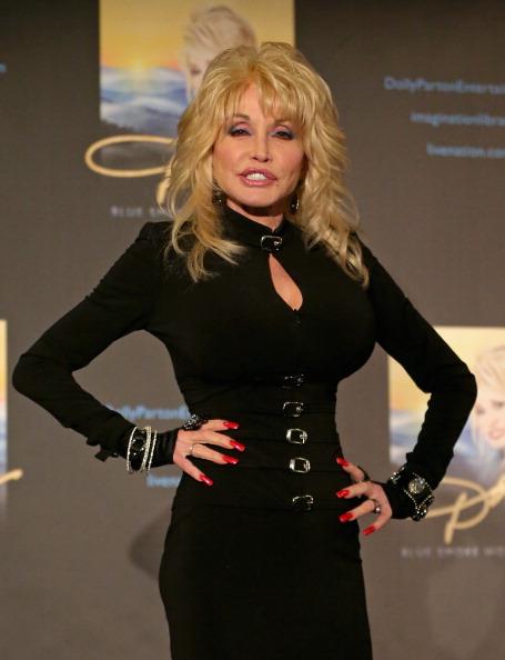 Press Room「Dolly Parton Press Conference」:写真・画像(10)[壁紙.com]