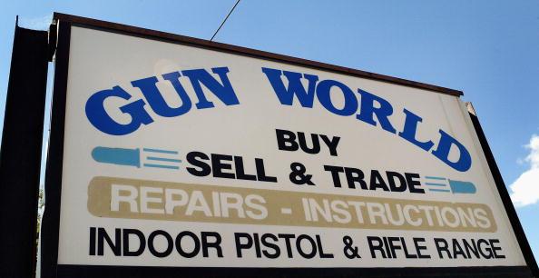 Tim Boyle「Assault Weapons Ban Set To Expire Monday」:写真・画像(14)[壁紙.com]
