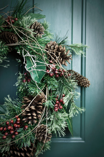 Pine Cone「Holiday Wreath」:スマホ壁紙(9)