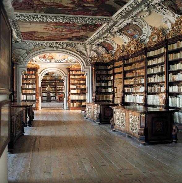 Benedictine「Library of Benedictine monastery in Kremsmuenster」:写真・画像(11)[壁紙.com]