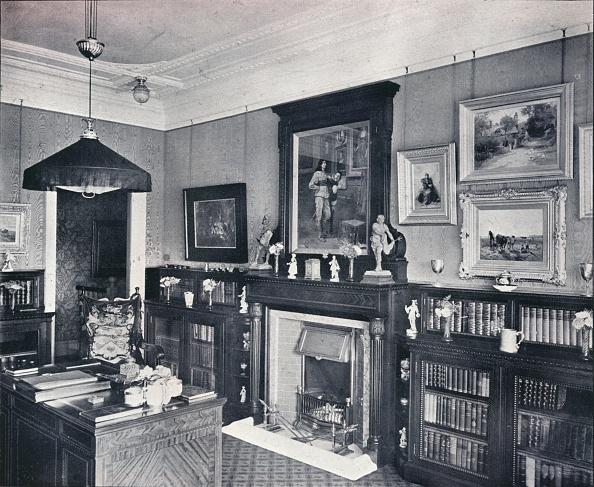 1900-1909「'Library of Captain Harvey, Hampstead', c1903」:写真・画像(1)[壁紙.com]