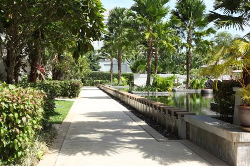 Leisure Activity「Resort Footpath」:スマホ壁紙(10)
