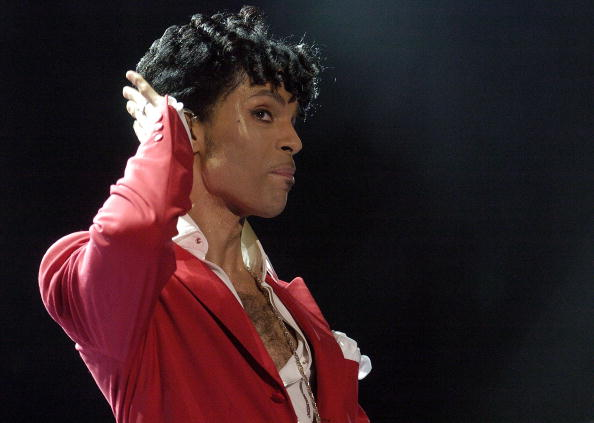 Prince - Musician「10th Anniversary Essence Music Festival - Day 1」:写真・画像(3)[壁紙.com]