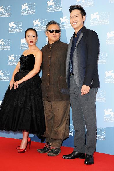 "Lee Min「""Pieta"" Photocall - The 69th Venice Film Festival」:写真・画像(4)[壁紙.com]"