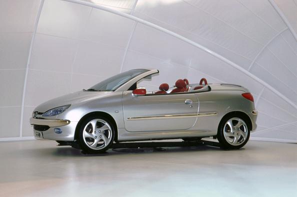 Journey「1999 Peugeot 206 Convertible」:写真・画像(3)[壁紙.com]