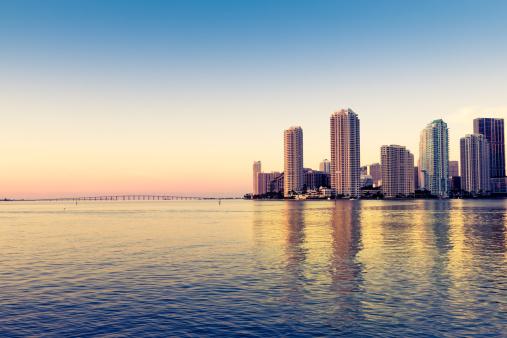 Miami「Miami skyline on Biscayne bay」:スマホ壁紙(14)