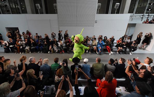 London Fashion Week「Alternative View In Colour - LFWM June 2017」:写真・画像(16)[壁紙.com]