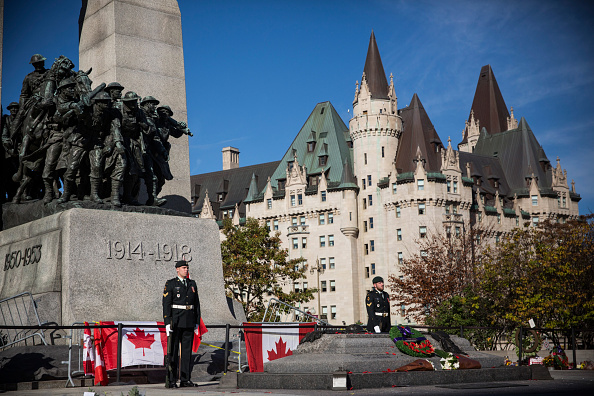 2014 Canadian Parliament Shootings「Ottawa On Alert After Shootings At Nation's Capitol」:写真・画像(11)[壁紙.com]