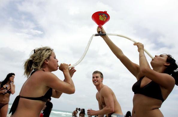 Miami Beach「Spring Break Hits Florida's Beaches」:写真・画像(10)[壁紙.com]
