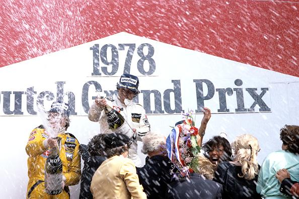 Award「Mario Andretti, Ronnie Peterson, Grand Prix Of The Netherlands」:写真・画像(9)[壁紙.com]