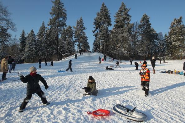 Playing「Winter Hits Germany」:写真・画像(12)[壁紙.com]