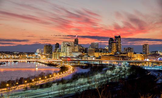 Minnesota「Saint Paul, MN Skyline at  Dusk」:スマホ壁紙(7)