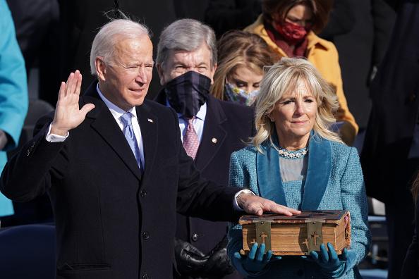 Presidential Inauguration「Joe Biden Sworn In As 46th President Of The United States At U.S. Capitol Inauguration Ceremony」:写真・画像(5)[壁紙.com]