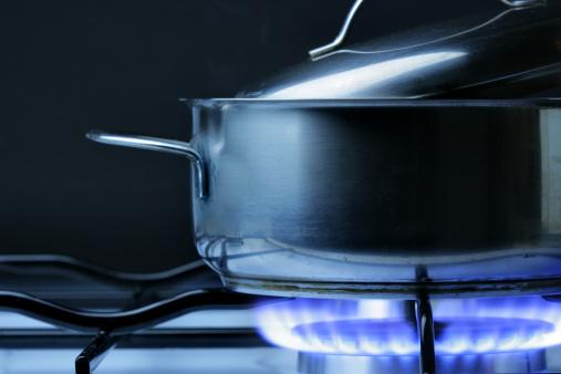 Fireball「Crock on the gas stove」:スマホ壁紙(19)