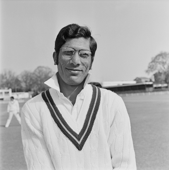 Cricket Player「Pakistan Cricketer Zaheer Abbas」:写真・画像(0)[壁紙.com]