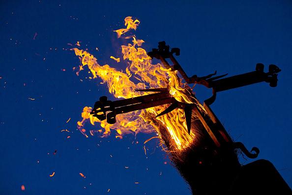 Crucifix「Los Escobazos Festival In Jarandilla De La Vera」:写真・画像(13)[壁紙.com]
