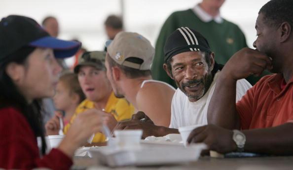 Condiment「Remaining New Orleans Residents Celebrate Thanksgiving」:写真・画像(18)[壁紙.com]