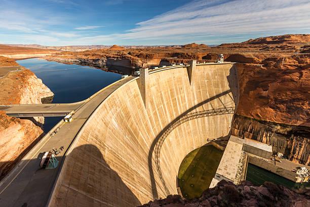 Glen Canyon Dam at Page, Arizona:スマホ壁紙(壁紙.com)