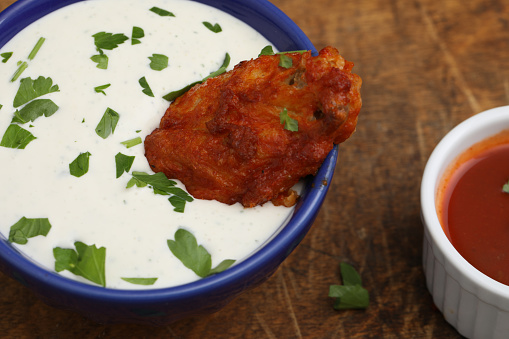 Chicken Wing「Hot Wing In Dipping Sauce」:スマホ壁紙(6)