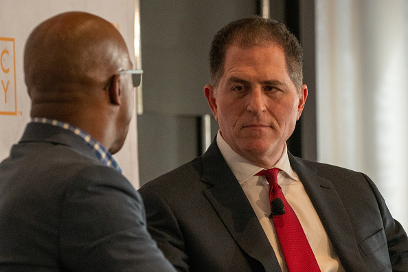 Big Data「CEO Of Dell Computers Michael Dell Speaks At The Economic Club Of New York」:写真・画像(16)[壁紙.com]